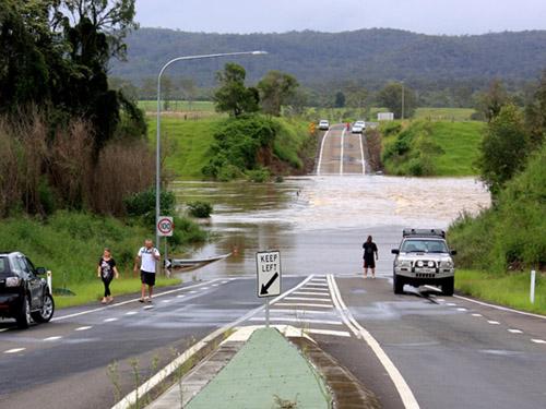 Wide Bay Highway - Flooding in Queensland, Australia