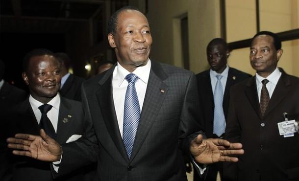 la nationalité ivoirienne ne peut être octroyée à M. Compaoré, sauf à renoncer à l'Etat de Droit
