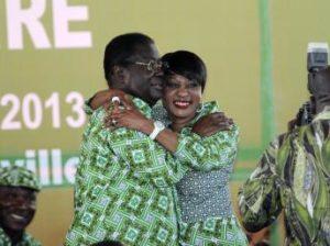 Aimé Henri Konan Bédié et Henriette Bédié à la Maison du Pdci