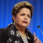 Mondial 2014: Dilma Roussef met en cause la Fifa sur le retard des stades