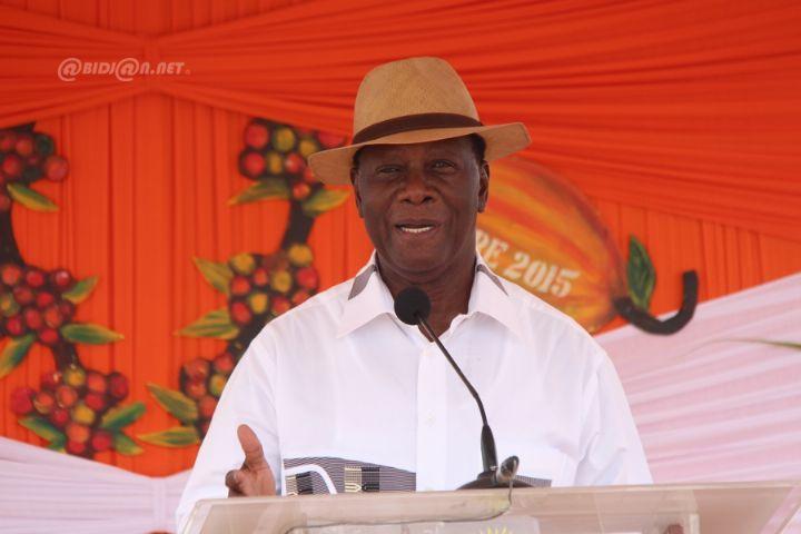 """Alassane Dramane Ouattara dit que la Côte d'Ivoire travaille """"pour être non seulement des champions en sport mais aussi des champions en économie et dans tous les secteurs"""""""