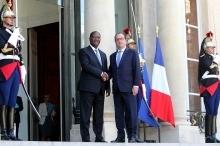 Alassane Ouattara reçu par François Hollande