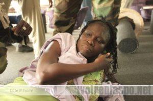 Simone Gbagbo entourée des rebelles