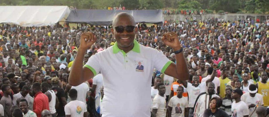 Municipales: l'ex-footballeur international Bonaventure Kalou se dit menacé par Koné Zakaria